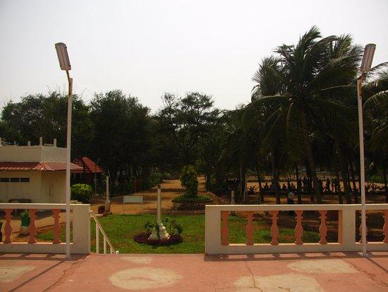 Buharis Blue Lagoon Resort: Team outing