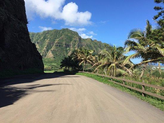 Kaneohe, Hawaï: Outside of the WW II Bunker - Kualoa Ranch