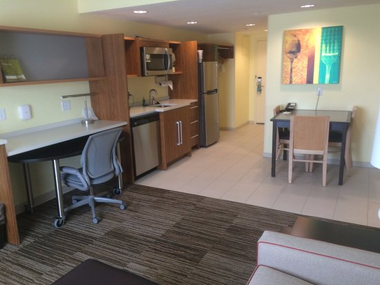 Champaign, IL: Mini kitchen with microwave and fridge