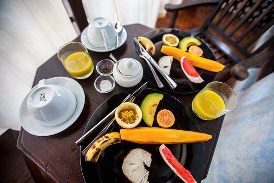 Emerson Spice: breakfast