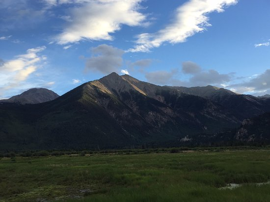 Twin Lakes, CO: Mount Elbert, the 2nd highest peak in the lower 48 and a relatively easy climb.