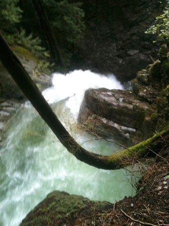 Mission, Canada: Cascade Falls - the top