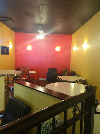 Amigo's Taco Shop : Great colours but need some comfort.