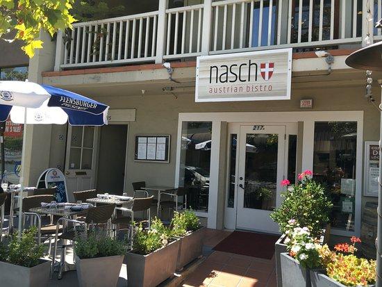 Los Gatos, Καλιφόρνια: Nasch Austrian Bistro exterior