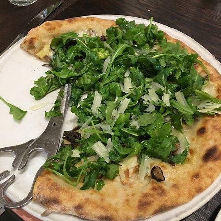 Shiitake & maitake pizza