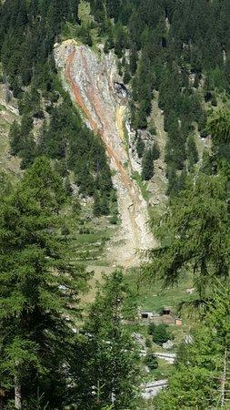 Valsavarenche, Italia: Vista di Eau Rousse