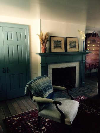 A Tailor's Lodging : Fireplace