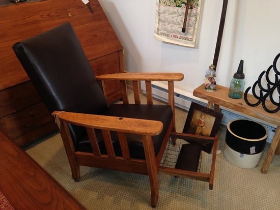 New Market, Wirginia: 1911 Royal Chair, Recliner