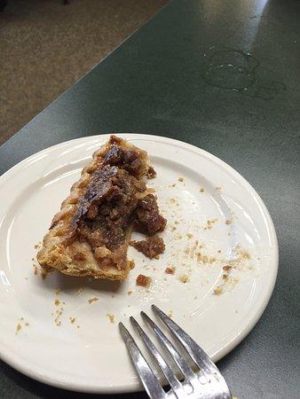 Dandridge, TN: Pinto bean pecan pie didn't stand a chance