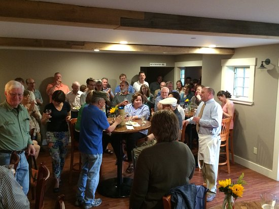 Plainfield, Nueva Hampshire: Special Gathering for Opening in May 2016
