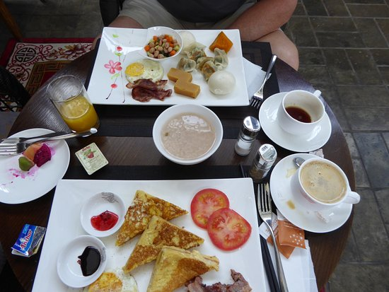 Shichahai Sandalwood Boutique Hotel: Breakfast