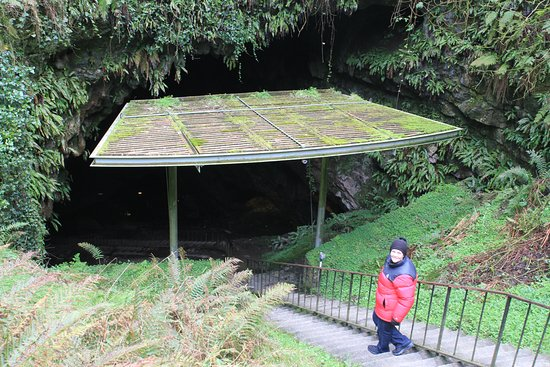 County Kilkenny, Irlanda: The entrance to Dunmore Cave