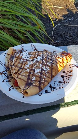 Maine Crepe Factory : Strawberry/Banana/Nutella Crepe!