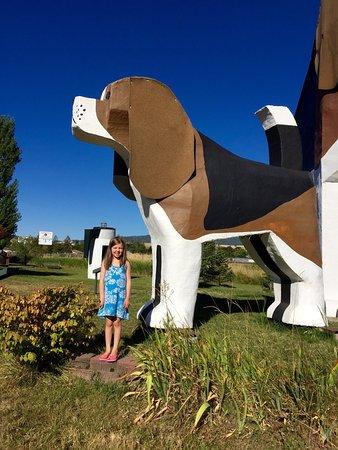 Dog Bark Park Inn : Fun little stop for kids and dogs!! 💕