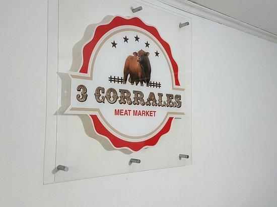 Caldera, Панама: 3 Corrales Meat Market