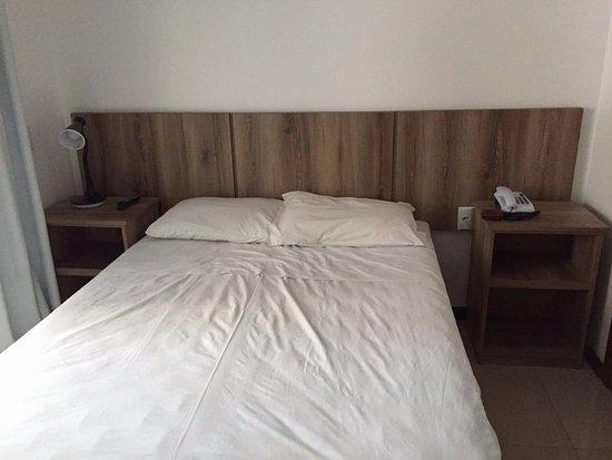 Hotel Suica Faber: Cama