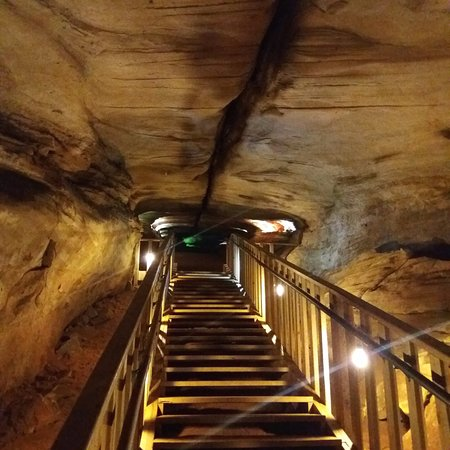 Farmington, PA: Laurel caverns