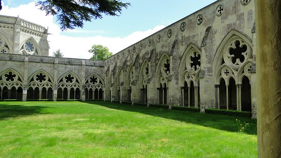 Salisbury Cathedral: Cloisters at Salisbury