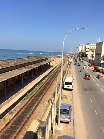 Ceylon City Hotel, Colombo: In opposite directions & within easy walking distance of the hotel. Busy Galle Road & similarly