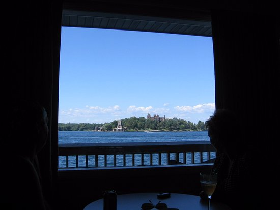 Capt. Thomson's Resort : Boldt Castle from a Main Channel room.
