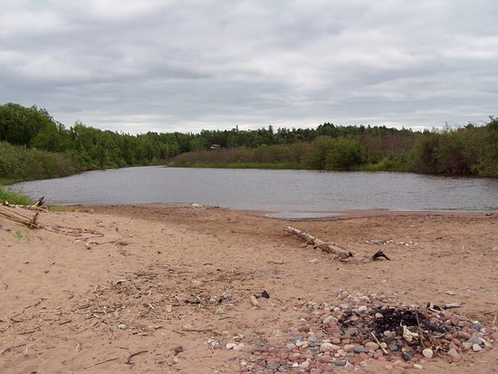 Mouth of the Brule River on a cloudy day