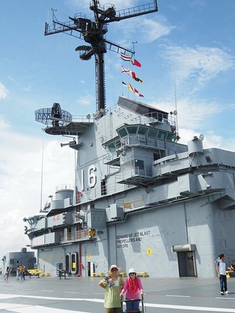 USS LEXINGTON: photo7.jpg