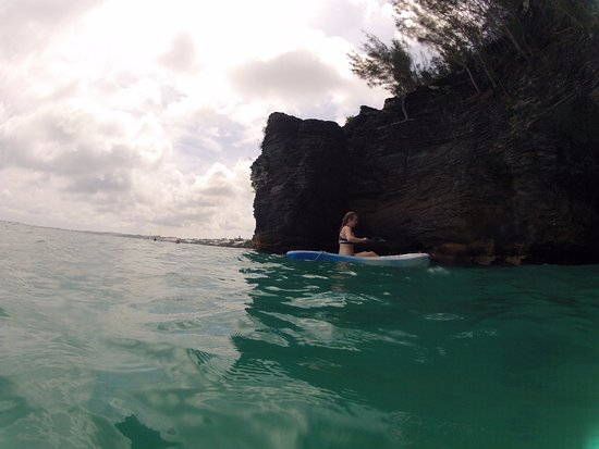 Hamilton, Islas Bermudas: Kayaking into the caves
