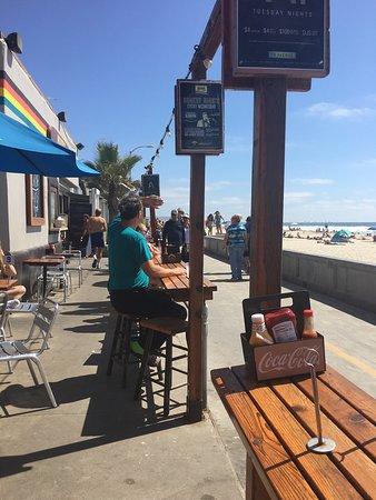 Surfer Beach Hotel: photo1.jpg
