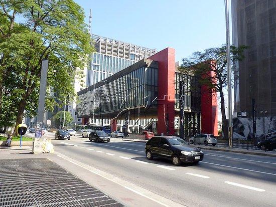 b44199266fcdc  شارع نهج باوليستا  Paulista Avenue