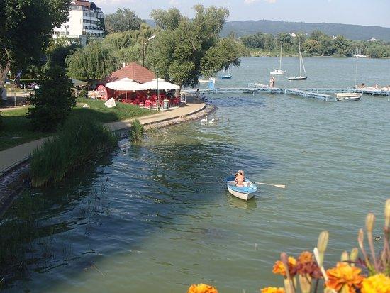 Keszthely, Ungarn: Lake Balaton shoreline
