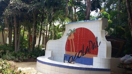 CocoLaPalm Resort: 20160821_130425_large.jpg