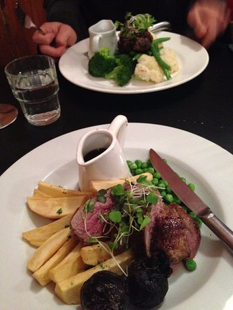 Palmerston North, New Zealand: Steak (rear of photo) and lamb (front of photo)