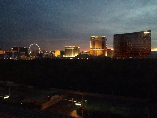 Renaissance Las Vegas Hotel: photo3.jpg
