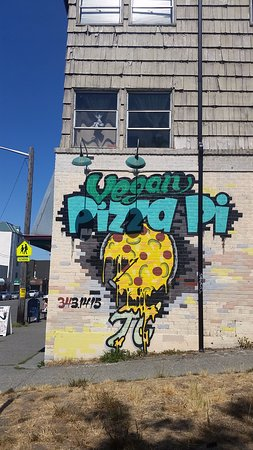 Pizza Pi Vegan Pizzeria: wall art
