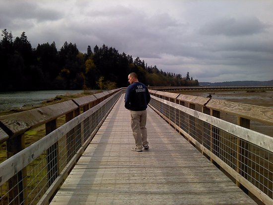 Nisqually National Wildlife Refuge: My husband and I just took a day trip before he deployed