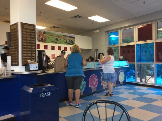 Storrs, CT: UConn Dairy Bar