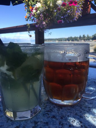 Virgin Mojito and a Sleeman Honey Brown Draught, The Shady Rest Waterfront, Qualicum Beach, BC