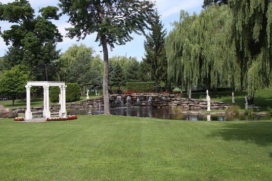 Vaudreuil-Dorion, Καναδάς: The separate banquet room Pavillion setting.