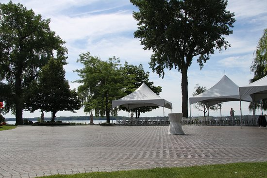 Vaudreuil-Dorion, Καναδάς: The separate banquet room Pavillion.and the bar was set up here.