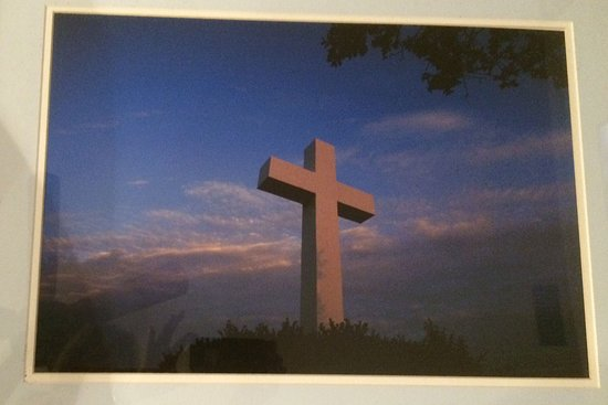 La Mesa, Californie : Mount Helix cross at sunset