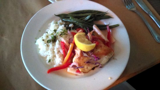 Capitola, CA: Zelda's Grilled Sea Bass