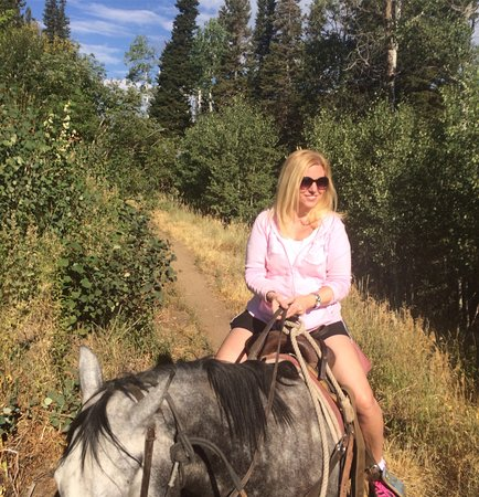 Boulder Mountain Ranch at Deer Valley: WONDERFUL!  Had a fantastic guide in Dennis and the perfect horse (Peso) to take me on a 2-hour