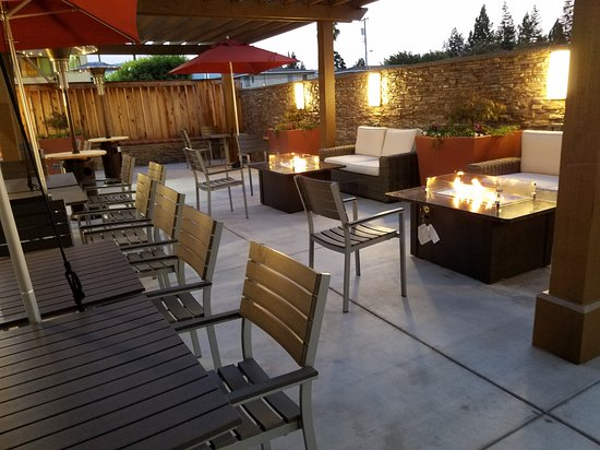Mountain View, Californië: Patio Deck