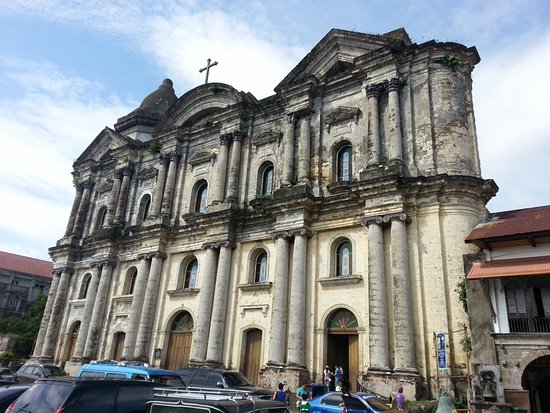 Taal, Filipinas: Basilica of St. Martin de Tours