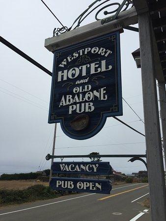 Westport Hotel: photo0.jpg