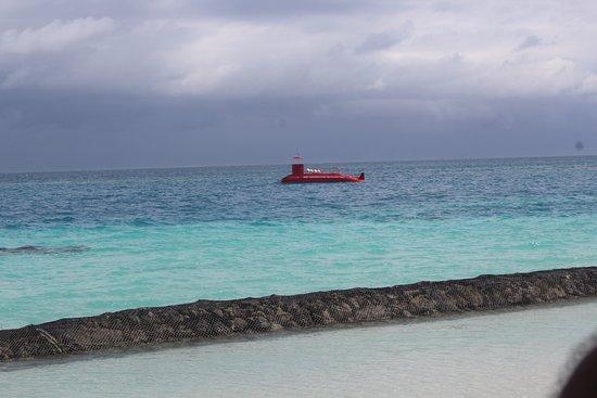 Kuramathi: Submarine ride is must !!