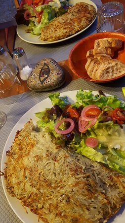 Balazuc, Francia: La Granja Delh Gourmandas
