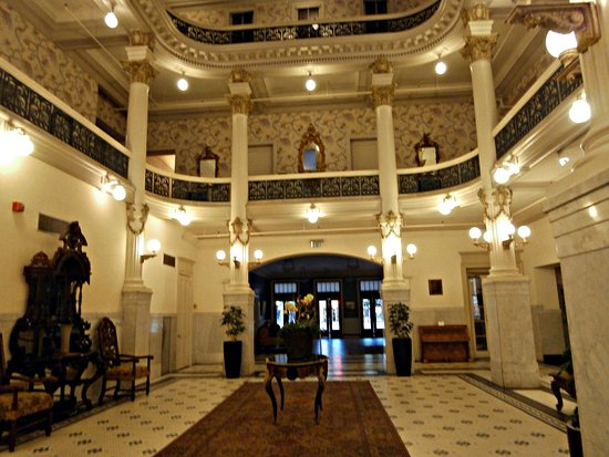 Original lobby facing front door of Menger Hotel