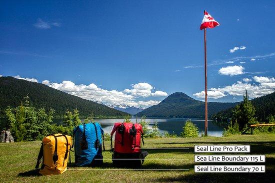 Wells, Canada: Portage bags