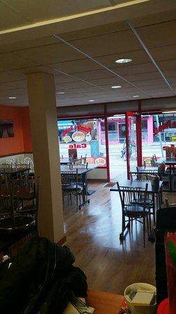 Camberley, UK : Frimley Road Cafe